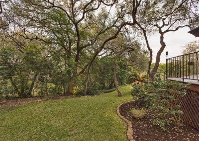 4410 Silent Trail Austin TX-print-036-35-yard-2500x1667-300dpi_09